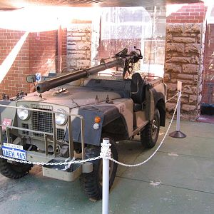 Landrover Recoilless Rifle Carrier [4]