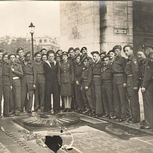 British Servicemen & women, Arc de Triomphe, Paris