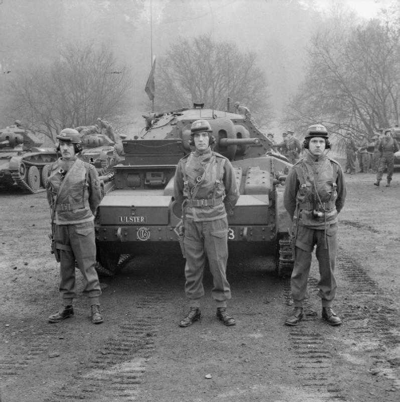 Covenanter tanks of the 2nd (Armoured) Irish Guards, Guards Armoured Division, Southern Command, 3 March 1942; IWM H 17569