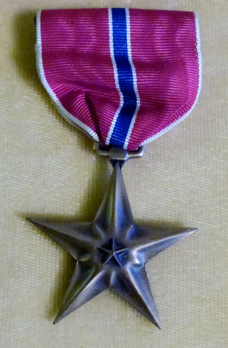 ER Uzzell US Bronze Star 1