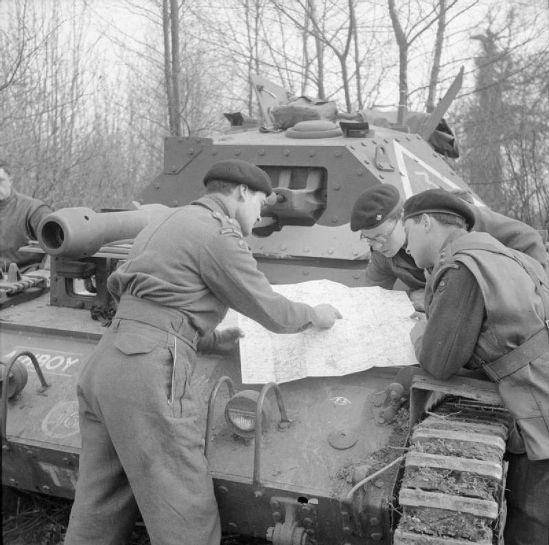 Guards Armoured Division Officers, Crusader III during Exercise 'Spartan', 6 March 1943.; IWM H 27808