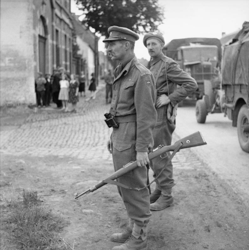 Major Stewart Fotheringham & CSM Low of 'X' Company Scots Guards (under command of 1 Welsh Guards) during the advance on Brussels, 4 September 1944; IWM BU 458